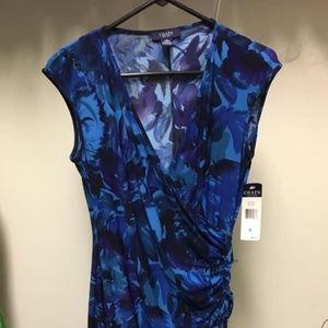 Capped Sleeve V-neck Ruched Dress